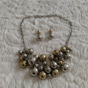 Vera Wang Silver & Gold Necklace & Earring Set
